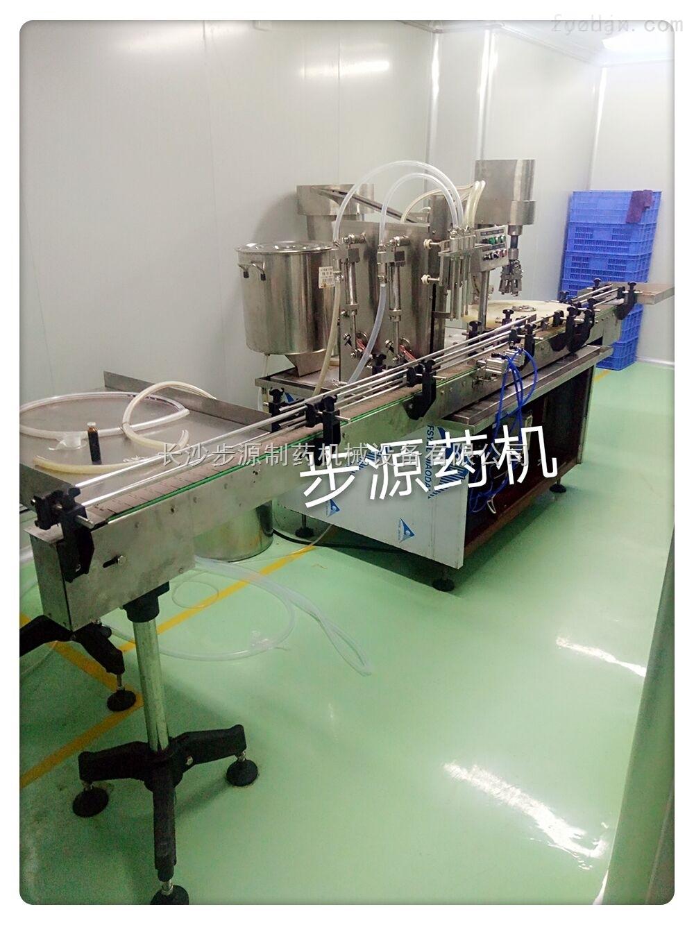 四泵灌装轧盖机