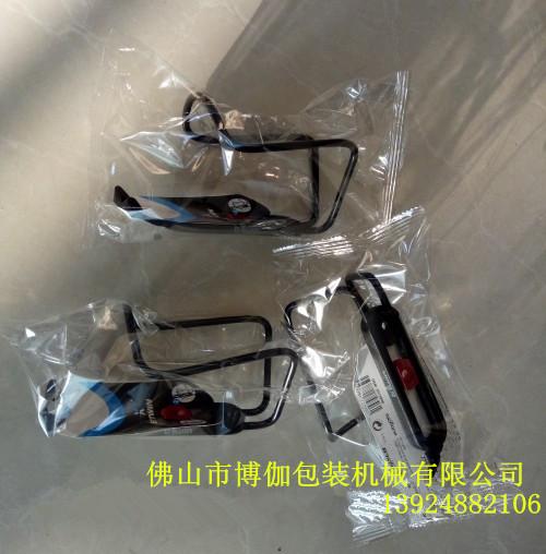 <strong><strong>塑料电子件套袋自动包装机械 佛山塑料电子件薄膜封口包装机械设备厂家</strong></strong>