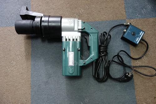 200-700N.m定扭矩电动扳手图片