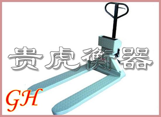 电子叉车秤zui大称重,叉车秤的原理和结构特性