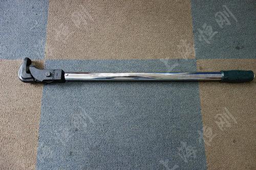 预置式高精度扭力扳手图片(管钳头